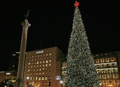 Macy's Holiday Tree