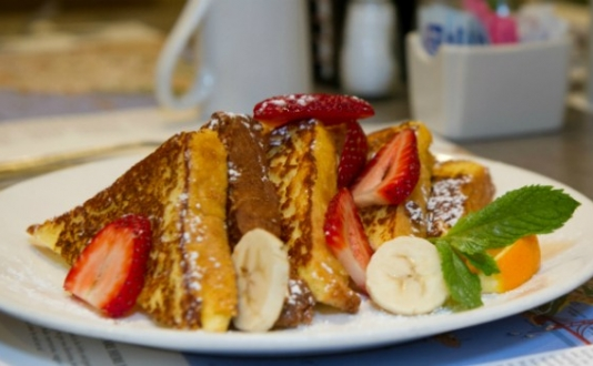 Breakfast in Union Square - French Toast at Luques in Union Square