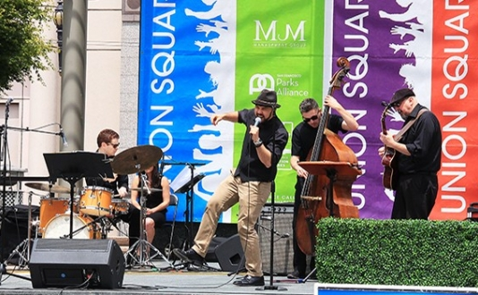 Union Square Live Performance by Josh Klipp & the Klipptones