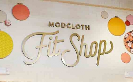 ModCloth Fit Shop Sign