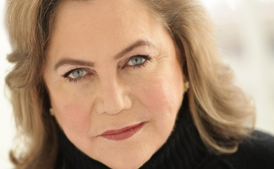 Kathleen Turner at Feinstein's at the Nikko in Union Square, San Francisco