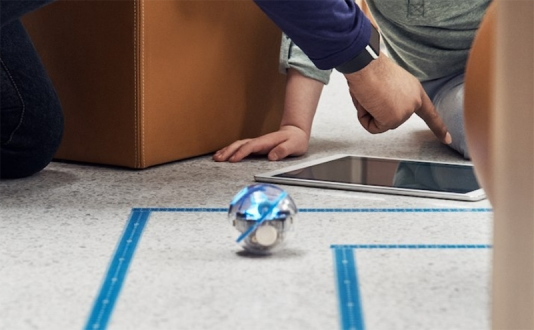 Kids Hour: Sphero Maze Challenge at the Appple Store in Union Square, San Francisco