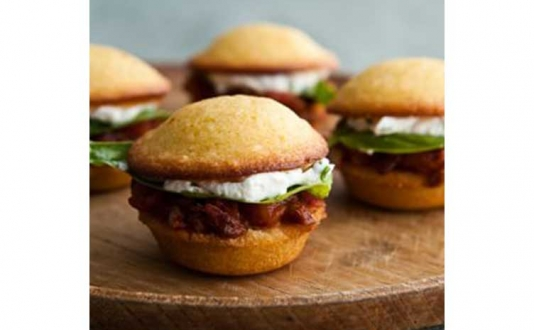 Mini-Tomato-and-Goat-Cheese-Burgers.jpg